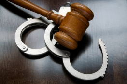 Handcuffs and gavel - purpose of bail